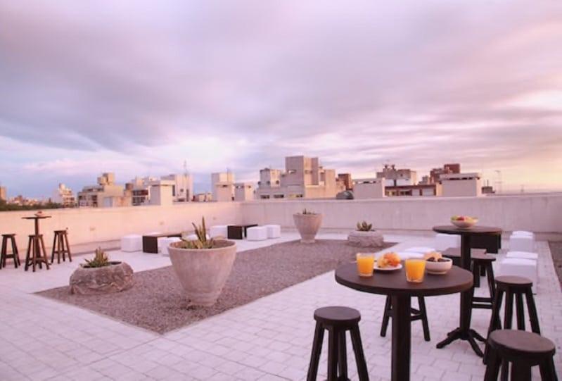 Rooftop del Esplendor Cervantes a unas cuadras del Registro Civil