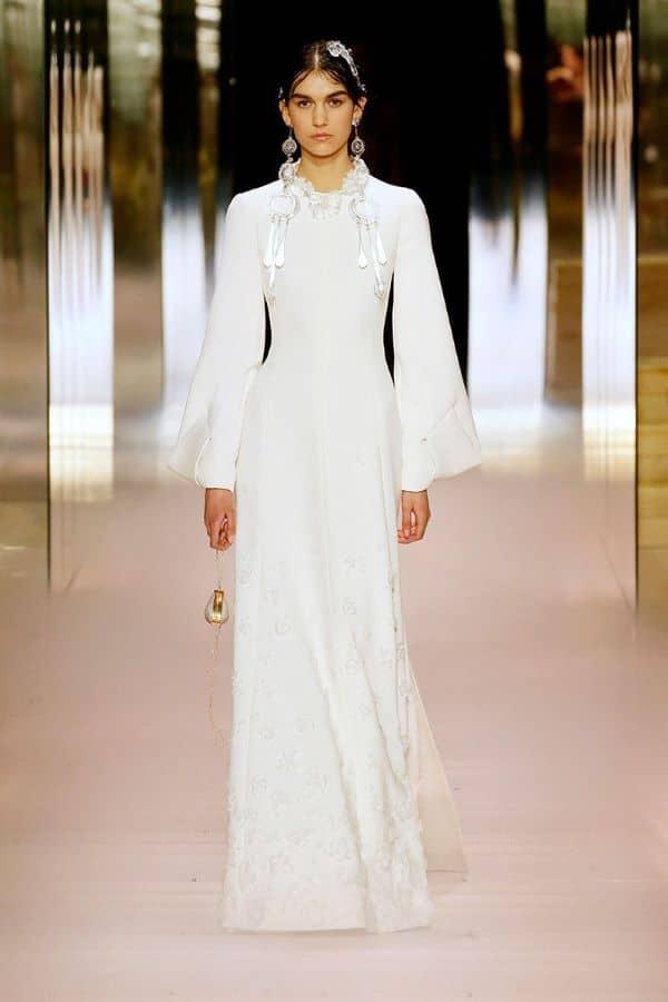 15 Vestidos de novia de los desfiles de alta costura de Paris 2021 fendi