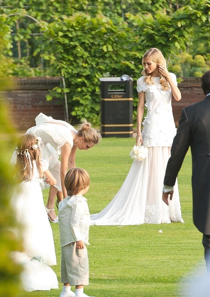 Vestidos de novia de modelos poppy delevigne